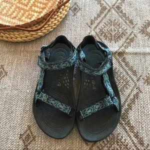 Teva Hurricane gladiator sport sandals size 7